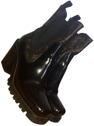 Louis Vuitton Black Patent leather Ankle boots