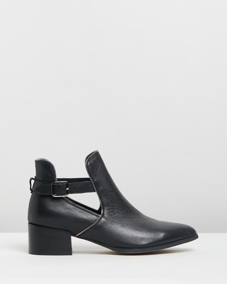 Mollini Dazin Leather Ankle Boots