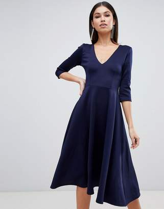 Club L London kick flare v plunge midi dress-Navy