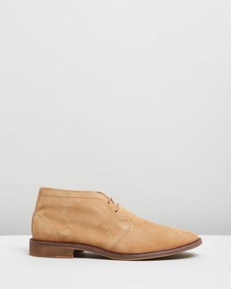 Double Oak Mills Freeman Suede Desert Boots