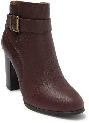 Vionic Allison Leather Ankle Boot