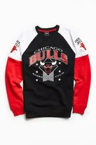Urban Outfitters Chicago Bulls '95 Fleece Crew Neck Sweatshirt