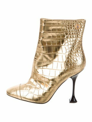 Chanel 2019 Paris-New York Embossed Boots Boots Gold
