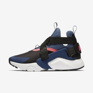 Nike Women's Shoe Huarache City