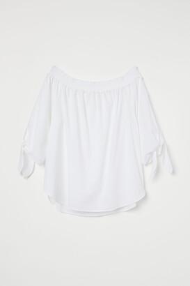 H&M Off-the-shoulder Blouse
