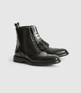 Reiss Stepney - Brogue Detail Boots in Black