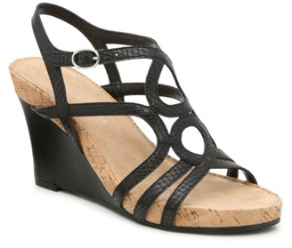 Kelly & Katie Plushin Wedge Sandal
