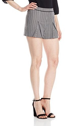 XOXO Women's Pleated Front Short