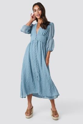NA-KD V-Shape Flowy Puff Sleeve Dress