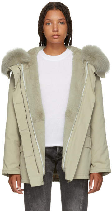 Yves Salomon Army Grey Classic Short Fur-Lined Parka