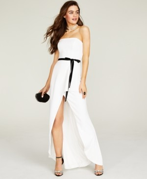 B. Darlin Juniors' Belted Strapless Gown