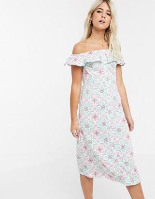 Glamorous off shoulder tile print midi dress