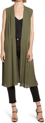 Chelsea28 Pleated Sleeveless Long Jacket