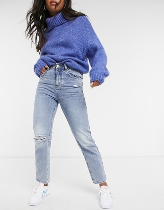 Cotton On Cotton:On mom jean with knee rip in mid wash blue