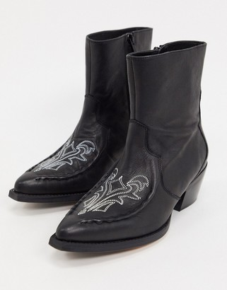 Gestuz Emelia western leather cowboy boots