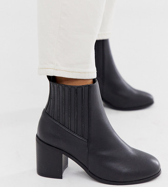 ASOS DESIGN Wide Fit Reform chelsea ankle boots in black