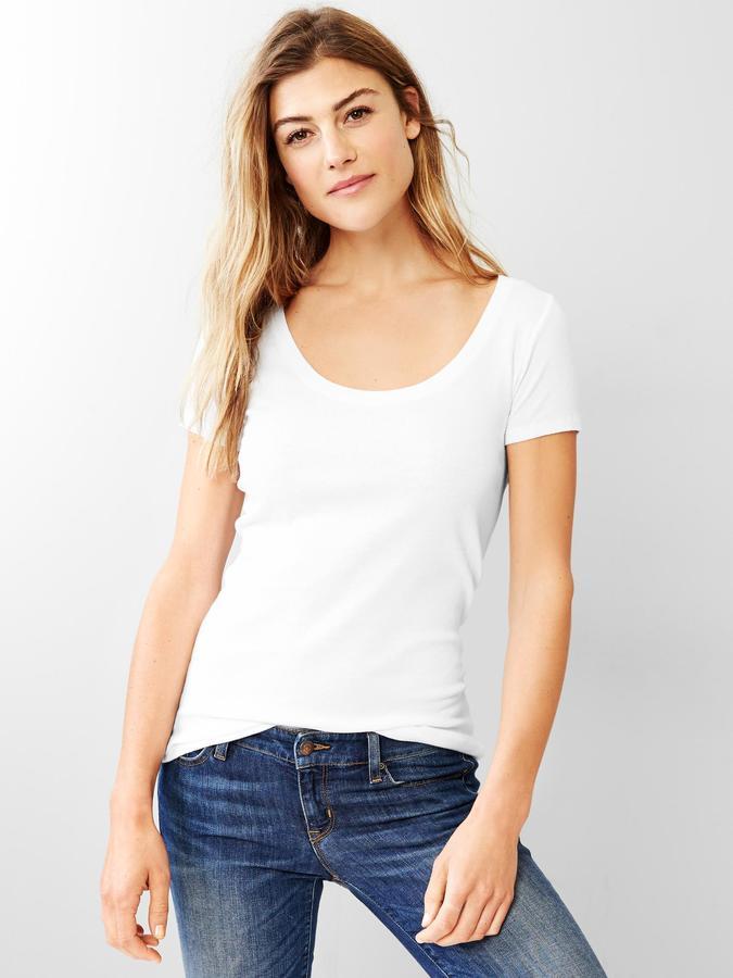 Gap Favorite short-sleeve scoop tee