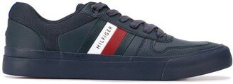 Tommy Hilfiger Stripe Detail Low Top Sneakers