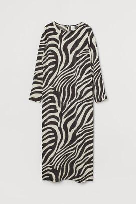 H&M Calf-length Satin Dress - Black
