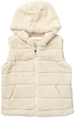 Urban Republic Quilted Faux Fur Hooded Vest (Big Girls)