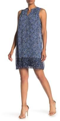 London Times Printed Sleeveless Shift Dress
