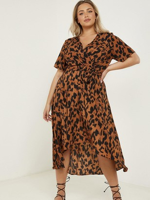 Quiz Curve Animal Print Short Sleeve Wrap Dress - Brown
