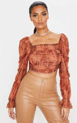 PrettyLittleThing Rust Sketch Print Mesh Ruched Detail Long Sleeve Crop Top