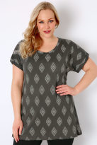 Yours Clothing Grey & Silver Diamond Print Top With Turn-Back Sleeves