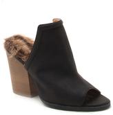 Qupid Black Fuzzy Barnes Sandal
