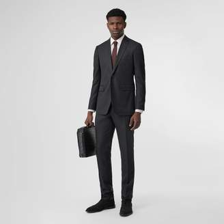 Burberry Slim Fit Wool Silk Linen Suit