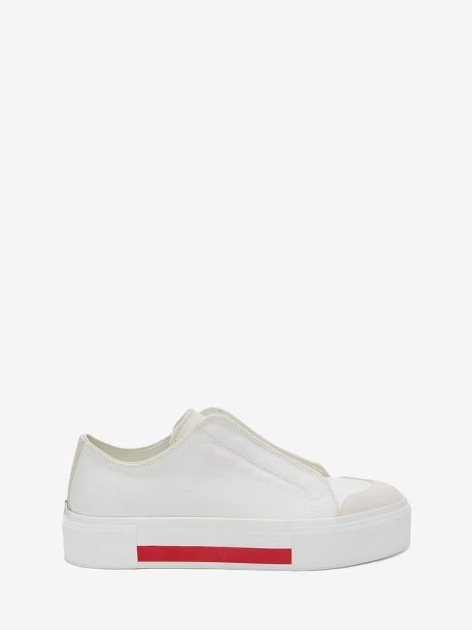 Alexander McQueen Low Cut Lace-Up Sneaker