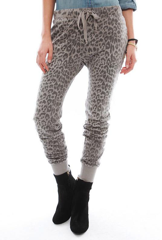 Current/Elliott Perfect Sweatpant in Grey Leopard