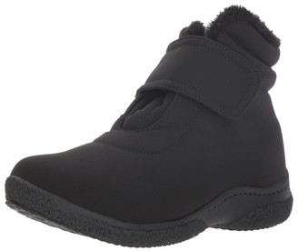Propet Women's Madi Ankle Strap Snow Boot