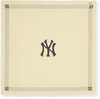 Gucci Men's New York Yankees MLB Logo Scarf