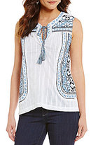 Cupio Embroidered Top