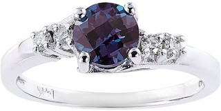 Oravo 14k White Gold 1ct TGW Created Alexandrite 1/8ct TDW Diamond Accent Solstice Ring