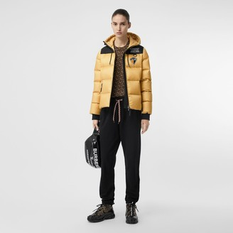 Burberry ogo Graphic Hooded Puffer Jacket