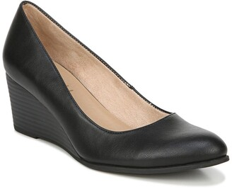 Soul Naturalizer Glimmer Wedge Pump