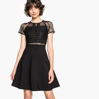 School Rag Dress with Lace Details at the Neckline