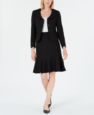 Le Suit Three-Button Diamond Jacquard Skirt Suit