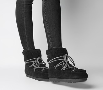 Moon Boot Far Side Low Shearling Boots Black