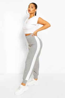 boohoo Plus Side Stripe Knitted Jogger