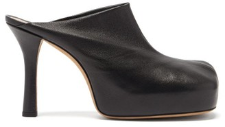 Bottega Veneta Bold Leather Platform Mules - Black