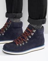D-struct Hiking Boots