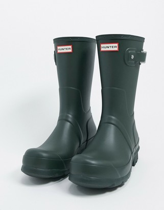 Hunter short wellington boots in green