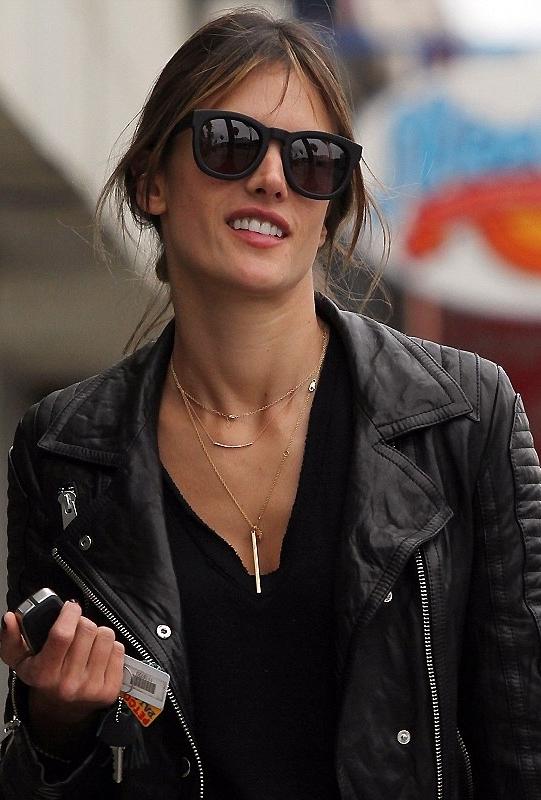 Gorjana Taner Bar Small Necklace in Gold as Seen On Alessandra Ambrosio, Jessica Alba, Kristin Cavallari and More