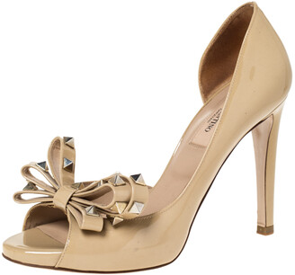 Valentino Beige Patent Spike Embellished Bow Dorsay Peep Toe Pumps Size 36