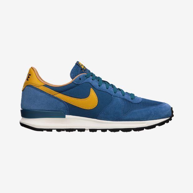 Nike Solstice QS Men's Shoe