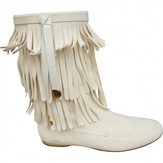 Gucci White Suede Ankle boots