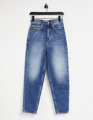 Tommy Jeans high rise mom jean in mid wash